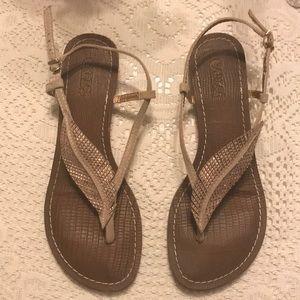 Carlos Santana Leaf Sandals